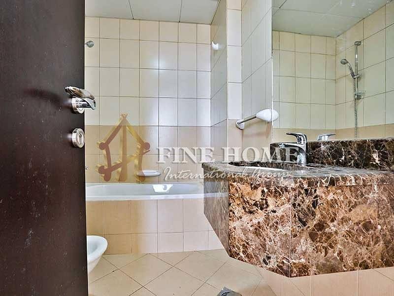 19 Attractive Lush 4BR Apartment