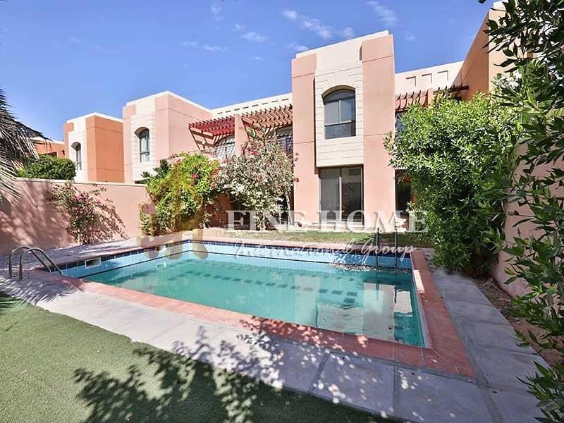 13 Breathtakingly Fancy ! 4BR Villa