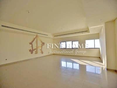 فلیٹ 3 غرف نوم للايجار في المیناء، أبوظبي -  Mina Road !