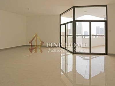 شقة 4 غرفة نوم للايجار في شارع حمدان، أبوظبي - Awesome 4BR Apartment + B
