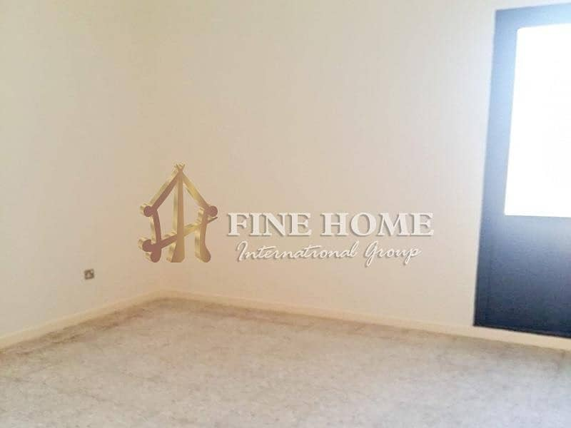 10 Amazing 4BR apartment in Al Najda street