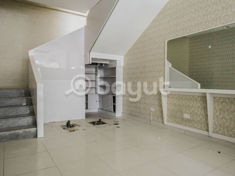2 Showroom for rent in Nad Al Hamar Avenues