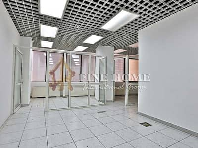 مکتب  للايجار في شارع الشيخ خليفة بن زايد، أبوظبي - Luxurious and convenient 75 sqm of