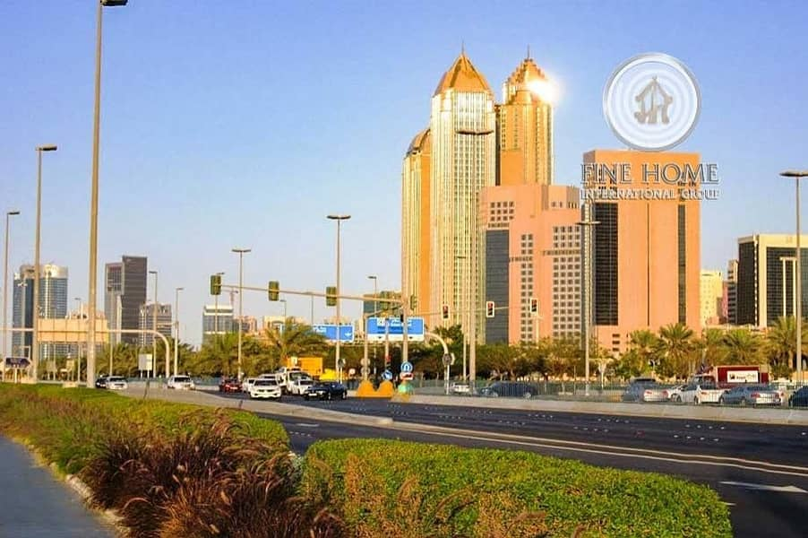 10 Office Size 328 Sq.Mt. in Corniche Road.
