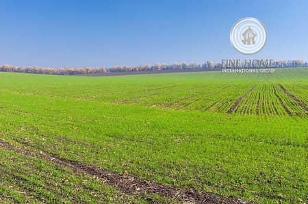 Other Commercial  للبيع في ليوا، أبوظبي - Wonderful Farm in Liwa ?Area. Western Region