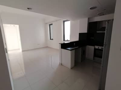 2 Bedroom Apartment for Rent in Business Bay, Dubai - CHEAPEST 2 BED APT IN EXECUTIVE BAY WITH  KITCHEN APP ONLY 55K 4 CHEQUES