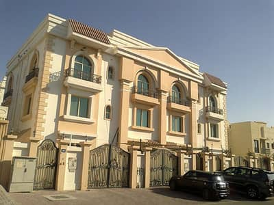 Spacious 4 Bedroom(en suite) Villa For Rent in Street # 78 - Mirdif