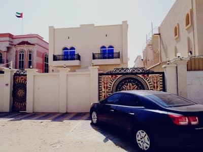 فیلا 5 غرفة نوم للايجار في المويهات، عجمان - فيلا فاخرة وواسعة من خمس غرف نوم للإيجار في عجمان*