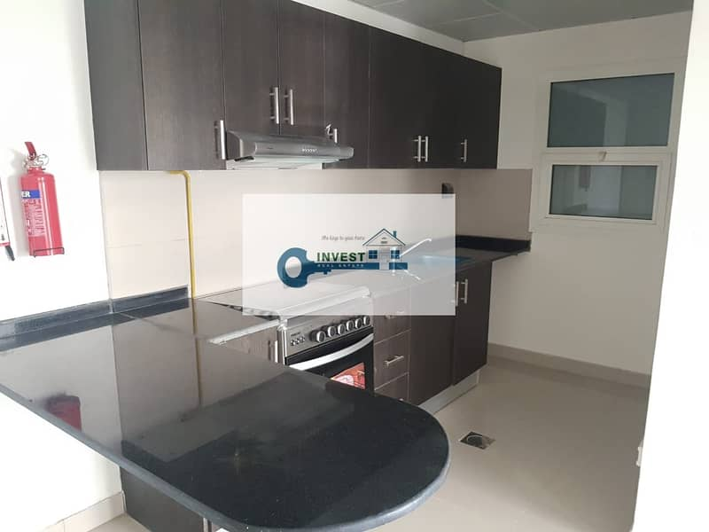 2 HOT DEAL BRAND NEW  CHILLER FREE 1 BEDROOM UNIT IN DSC