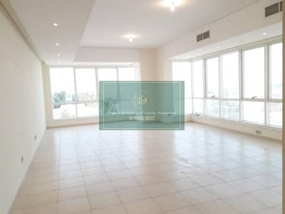 Sea View!3 Beds with All Facilities in Al Mina