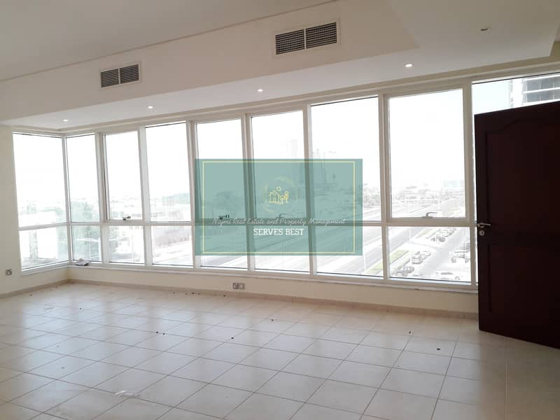2 Sea View!3 Beds with All Facilities in Al Mina