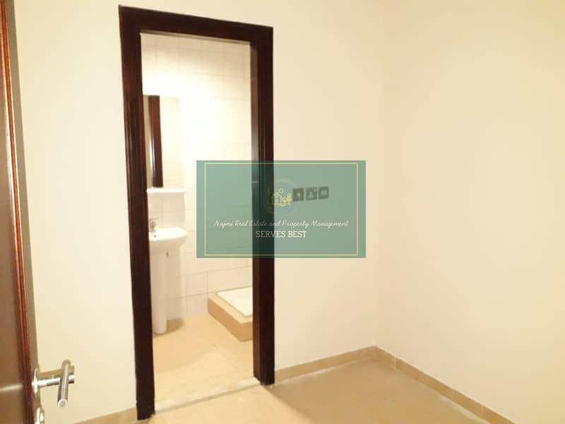 23 Sea View!3 Beds with All Facilities in Al Mina