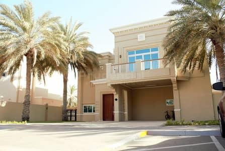 فیلا 4 غرفة نوم للايجار في قرية مارينا، أبوظبي - Elegant 4BR Villa in Royal Marina Village. Call Now