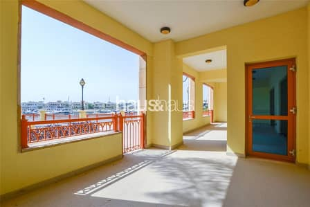 3 Bedroom Flat for Sale in Palm Jumeirah, Dubai - Vacant || Key with Me || Extended Terrace