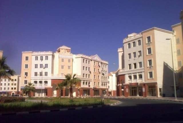 مبنى سكني في المدينة العالمية 1 غرف 19500000 درهم - 4344654