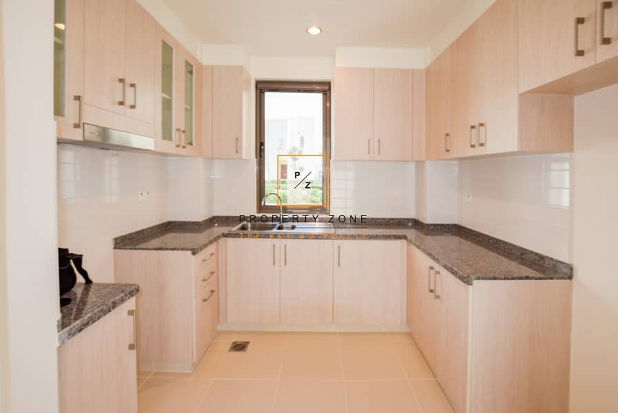 2 Type J/ Semi detached/ Vacant/ on the Park