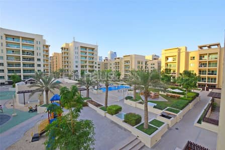 2 Bedroom Apartment for Rent in The Greens, Dubai - | Oct End | 2 Bed + Study | Pool View |