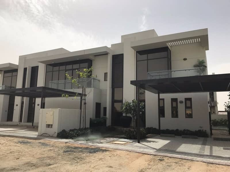 5 Bedrooms Villa  Ready To Move   With Payment Plan