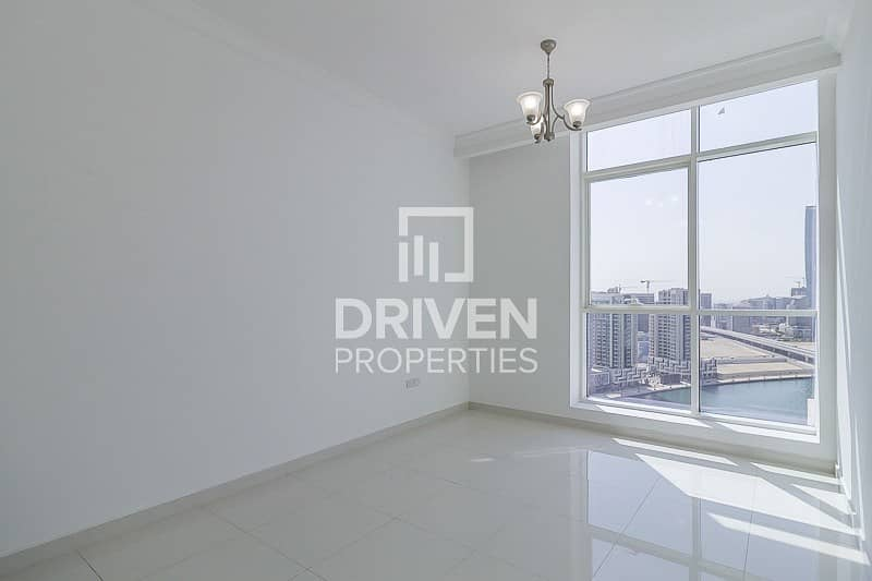 2 Amazing 2 Bed Apt with Burj and Canal View