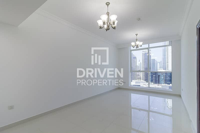 2 Huge-Layout 1 Bedroom Unit with Canal View