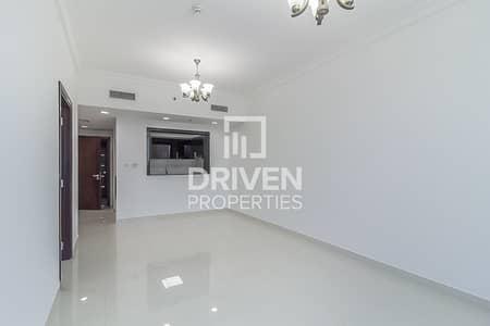 فلیٹ 1 غرفة نوم للايجار في الخليج التجاري، دبي - Huge-Layout 1 Bedroom Unit with Canal View