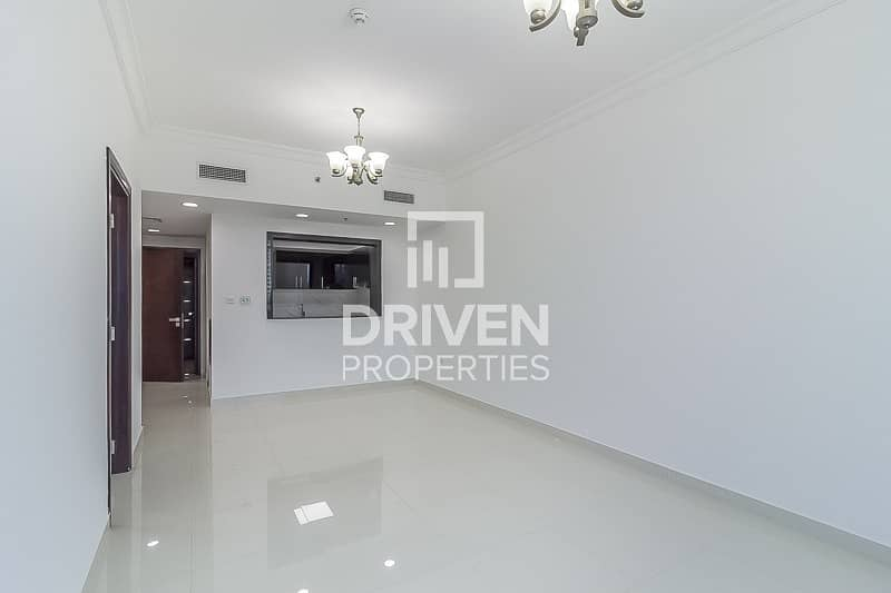 Huge-Layout 1 Bedroom Unit with Canal View