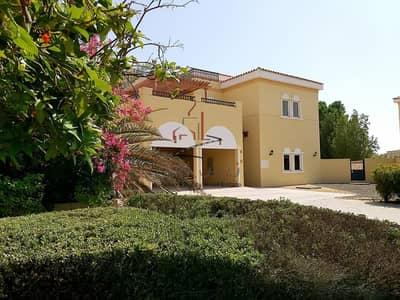 5 Bedroom Villa for Rent in The Villa, Dubai - Lovely 5 BR Villa | Maids Room | Private Pool | The Villa