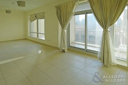 Studio for Rent in Downtown Dubai, Dubai - Studio Apartment| Pool View| Available Now