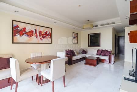 2 Bedroom Flat for Rent in Palm Jumeirah, Dubai - Fully furnished | Weekly cleaning included |Luxury