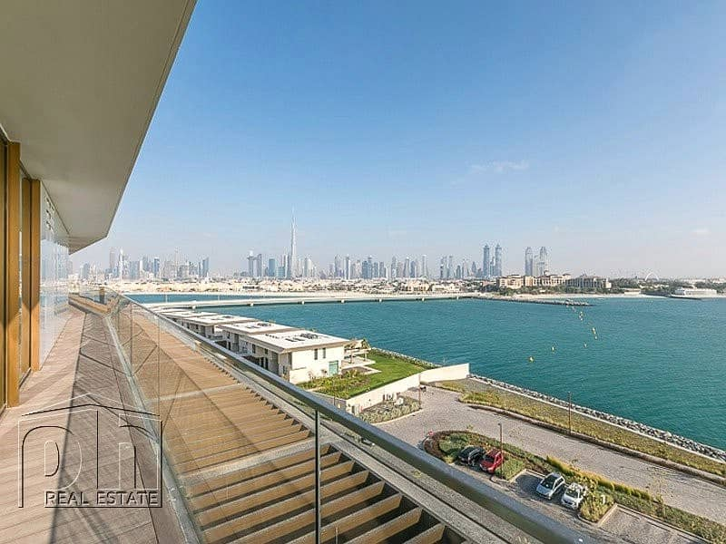 10 Stunning Full Floor Penthouse with Private pool