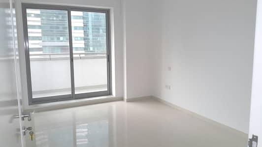 Luxury 1 Bed  Apt with Equipped  kitchen