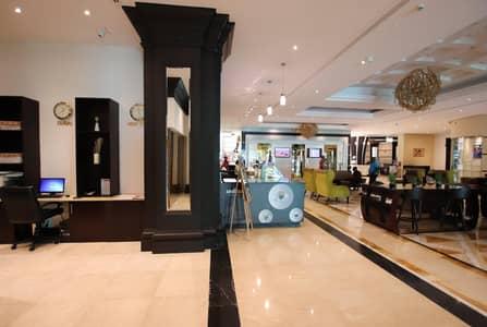 محل تجاري  للايجار في بر دبي، دبي - Fully Fitted  I Easy to Located Fitted