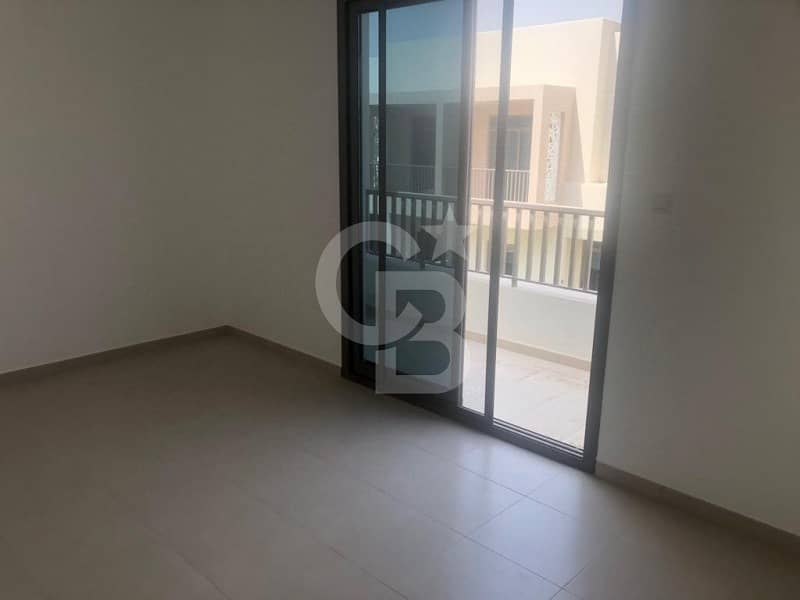 10 3 Bedroom Villa in Hayat Townhouses Nshama