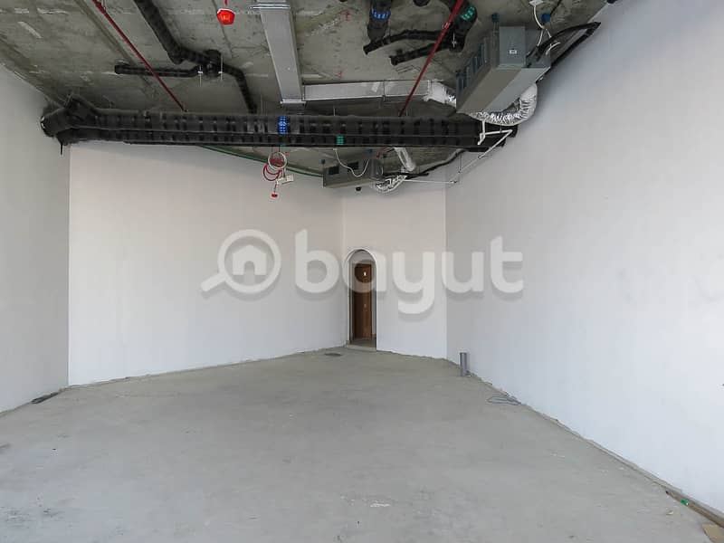 Unfurnished Brand New Reatail Shop