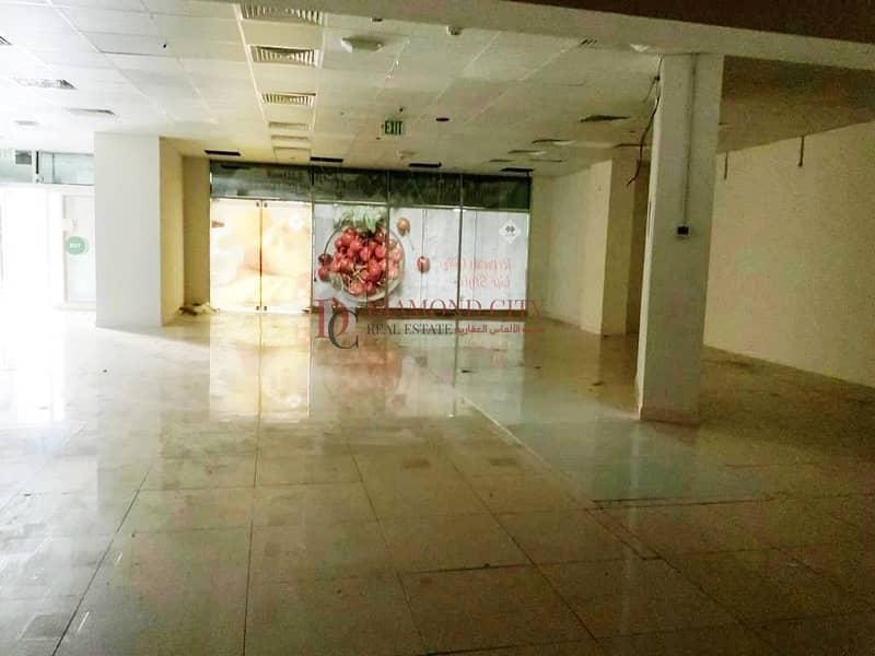 2 Spacious showroom for rent in Dubai marina