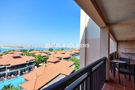 2 Bedroom Apartment for Rent in Palm Jumeirah, Dubai - Well Maintained|Atlantis View|Corner Unit