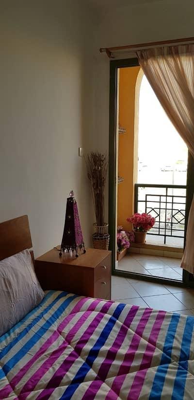 فلیٹ 1 غرفة نوم للبيع في المدينة العالمية، دبي - شقة في الحي المغربي المدينة العالمية 1 غرف 350000 درهم - 4254369