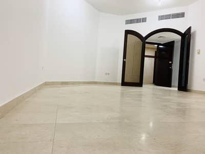 فلیٹ 2 غرفة نوم للايجار في المشرف، أبوظبي - شقة في آل نهيان 2 غرف 70000 درهم - 4215769