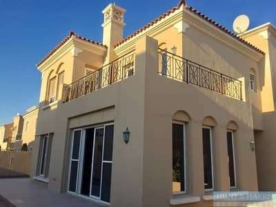 Luxury Villa - Spacious Living - Great Community