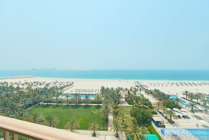 12 Sea Views - Direct Beach Access - Palace Hotel