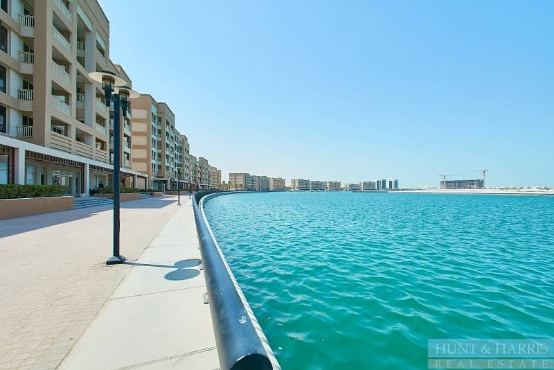 Duplex - Sea View - Vacant - Family Living