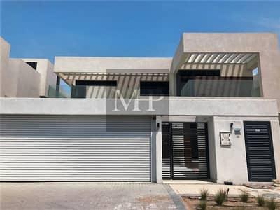 فیلا 5 غرفة نوم للايجار في جزيرة ياس، أبوظبي - Prime Location Spacious Villa  in a Luxurious Community