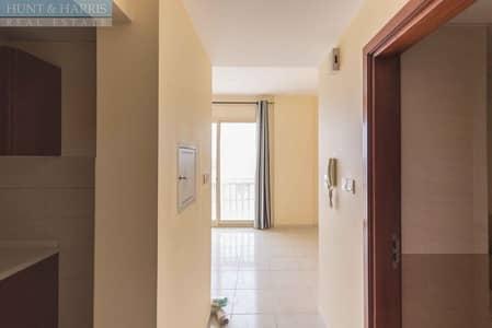 Studio Apartment- Mina Al Arab