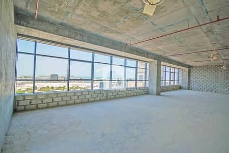 Office for Sale in The Greens, Dubai - The Onyx Tower 1 - Freehold Offices on SZR