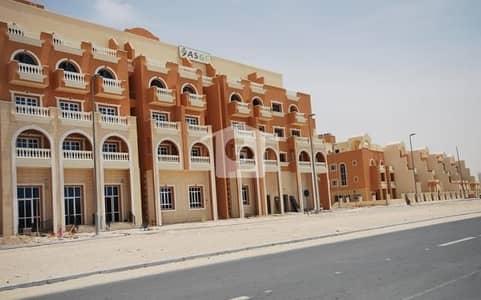محل تجاري  للبيع في قرية جميرا الدائرية، دبي - Retail Shop in JVC perfect for Saloon or Boutique office or laundry