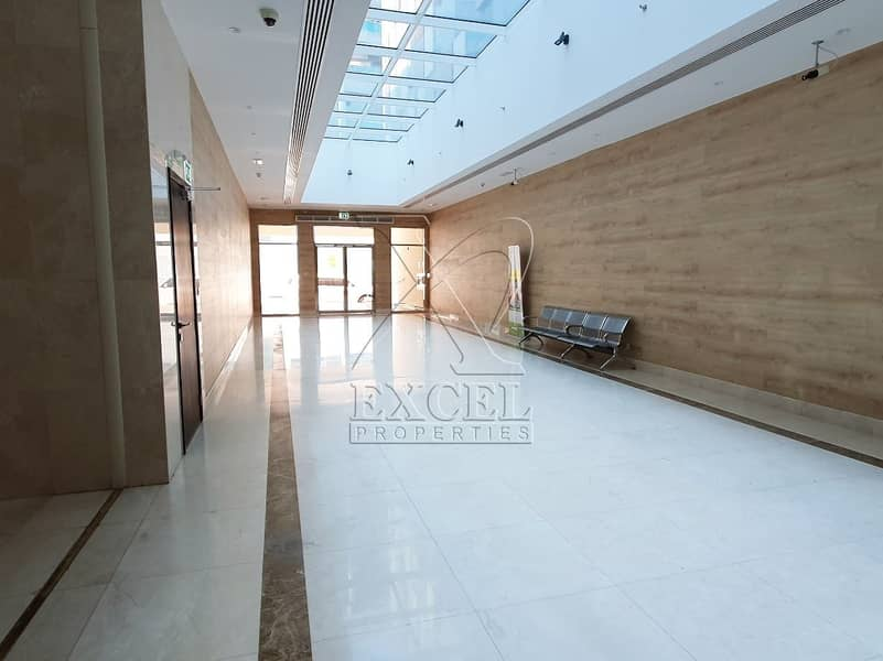 13 Luxurious 3BHK / maids room @123K/6 Cheques in Karama