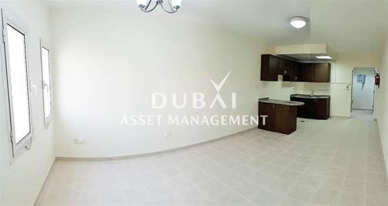 استوديو  للايجار في القوز، دبي - Studio Apartment in Al Khail Gate | Pay in 12 Cheques |