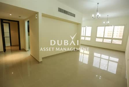 Building for Rent in Al Quoz, Dubai - 1 or 2 Bed Full Building|Executive Staff Accommodation