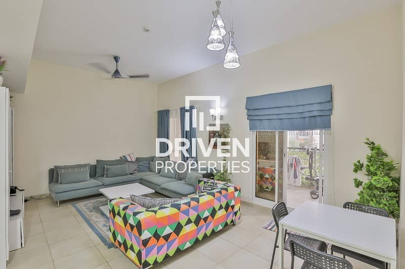 2 Upgraded and Furnished 2 Bedroom Apartment