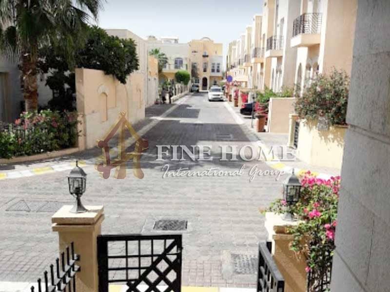28 Wonderful 4 BR. Villa in Al Qurm Gardens
